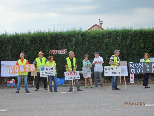 24 06 16_Manifestation A154 au Peage_1628